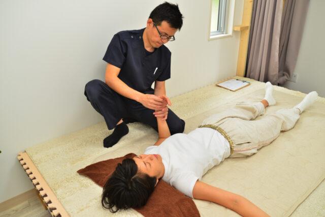 手や腕のしびれ施術患者