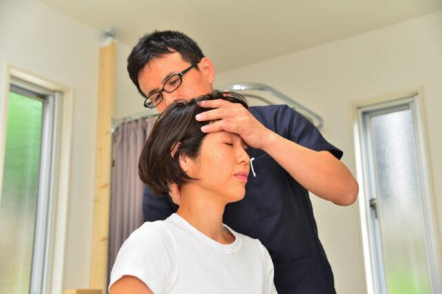 首の痛み施術患者