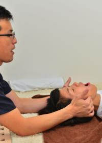 顎関節症あごの痛み施術患者