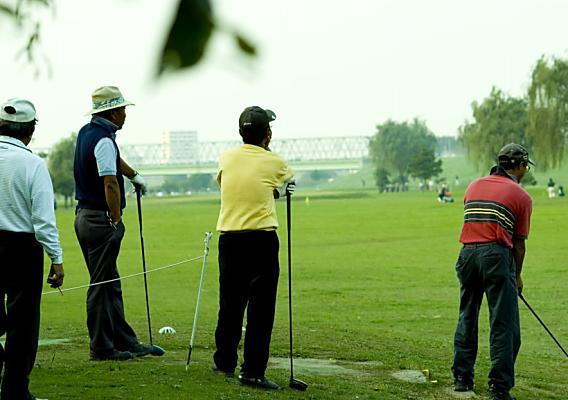 ゴルフのラウンド中、歩けなくなるほどの腰痛に!