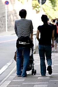 産後ダイエットに効くといわれている体操や運動で腰や首、肩に痛みが・・・